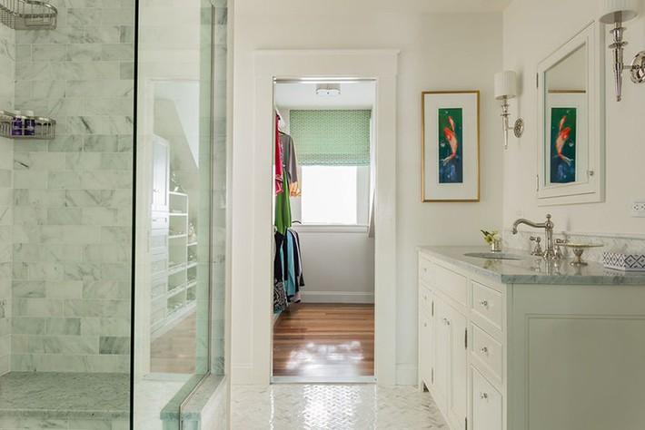 Đâu chỉ phòng khách, phòng ngủ mà phòng tắm cũng cần có một bức tranh treo tường - Ảnh 8.