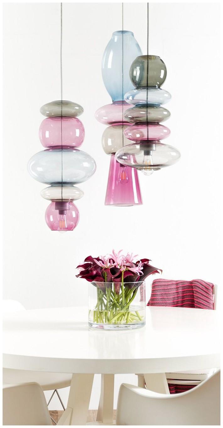 Có những mẫu đèn trang trí siêu ấn tượng này trong nhà thì còn sợ gì không gian sống đơn điệu - Ảnh 3.