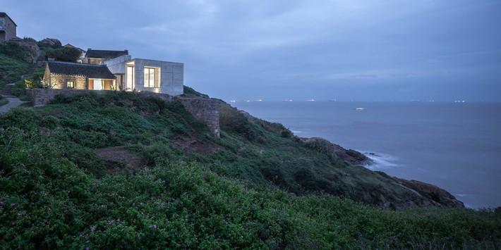 Sau mọi bộn bề lo toàn, được ở trong ngôi nhà nhỏ trên núi này là điều khiến bao người mơ ước - Ảnh 3.
