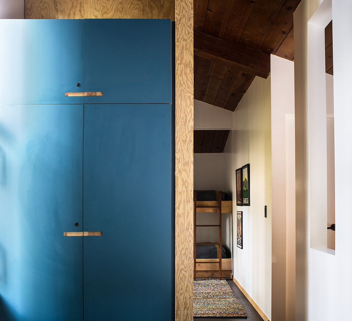 Ngôi nhà gỗ nằm giữa rừng Redwood gây thương nhớ vì vẻ đẹp hiện đại của mình - Ảnh 7.