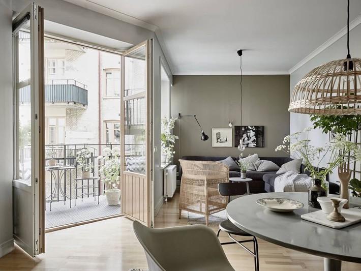 Căn hộ nhỏ chỉ 35m² nhưng được thiết kế đẹp đến từng đường nét - Ảnh 1.