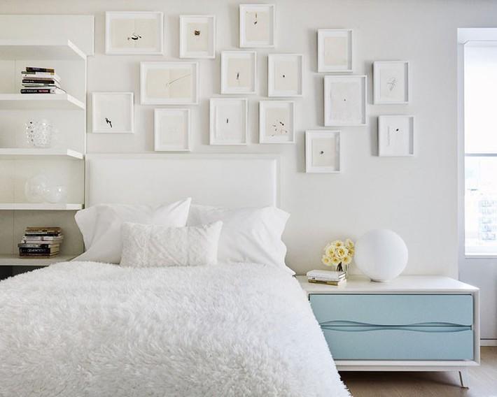Nhẹ nhàng, đơn giản là thế nhưng một phòng ngủ đơn sắc trắng vẫn là niềm yêu thích của biết bao chị em - Ảnh 3.