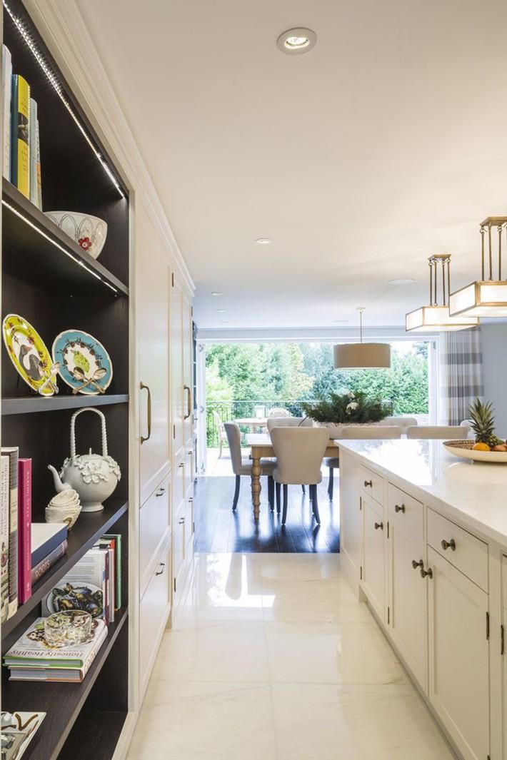 Tuyệt vời làm sao khi bạn có thể trang trí căn bếp gia đình từ chính những đồ dùng, dụng cụ nhà bếp - Ảnh 7.