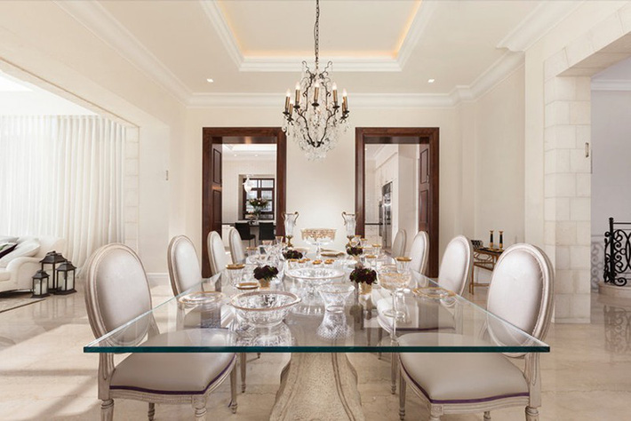 Hãy cẩn thận không bạn sẽ bị choáng ngợp bởi những căn phòng ăn dành riêng cho đại gia đình này - Ảnh 5.