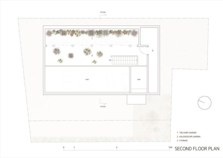 Ngôi nhà gây ấn tượng mạnh vì có lối hành lang được xếp toàn cây cảnh - Ảnh 9.