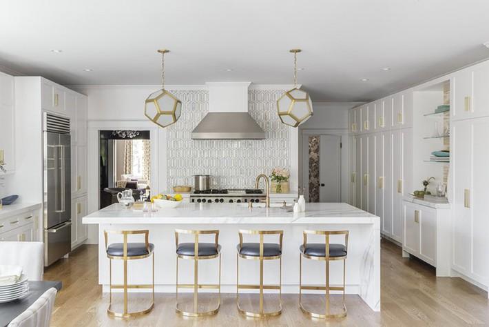 Chẳng thể ngờ những bộ khung kim loại lại mang đến vẻ đẹp sang trọng đến vậy cho nội thất gia đình - Ảnh 10.