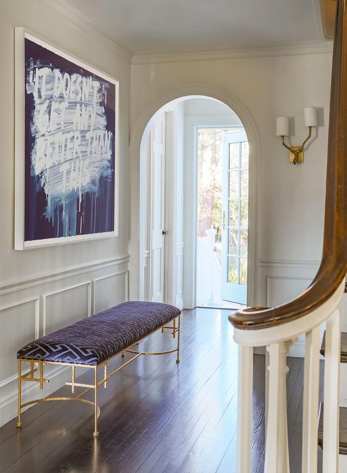 Chẳng thể ngờ những bộ khung kim loại lại mang đến vẻ đẹp sang trọng đến vậy cho nội thất gia đình - Ảnh 2.
