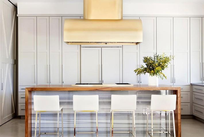 Chẳng thể ngờ những bộ khung kim loại lại mang đến vẻ đẹp sang trọng đến vậy cho nội thất gia đình - Ảnh 4.