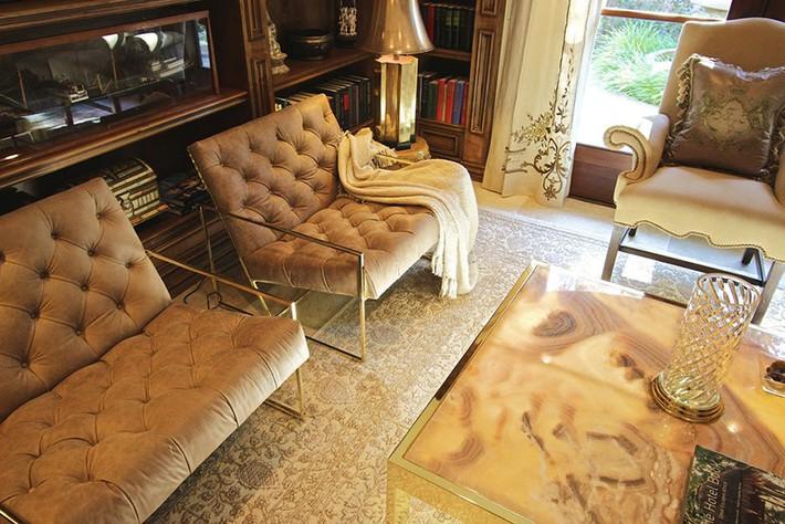 Chẳng thể ngờ những bộ khung kim loại lại mang đến vẻ đẹp sang trọng đến vậy cho nội thất gia đình - Ảnh 6.