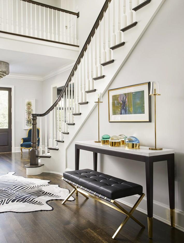 Chẳng thể ngờ những bộ khung kim loại lại mang đến vẻ đẹp sang trọng đến vậy cho nội thất gia đình - Ảnh 9.