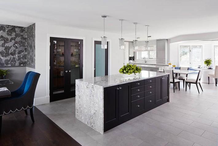 Có lẽ chính bạn cũng chẳng thể ngờ đến những căn bếp màu xám lại có thể đẹp đến vậy - Ảnh 9.