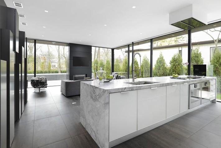 Có lẽ chính bạn cũng chẳng thể ngờ đến những căn bếp màu xám lại có thể đẹp đến vậy - Ảnh 2.