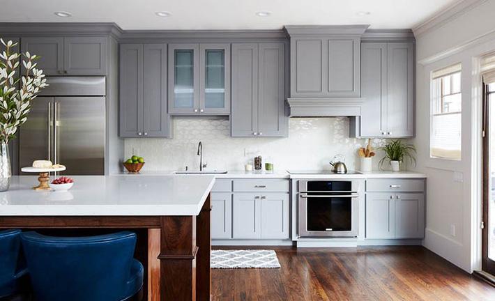 Có lẽ chính bạn cũng chẳng thể ngờ đến những căn bếp màu xám lại có thể đẹp đến vậy - Ảnh 14.