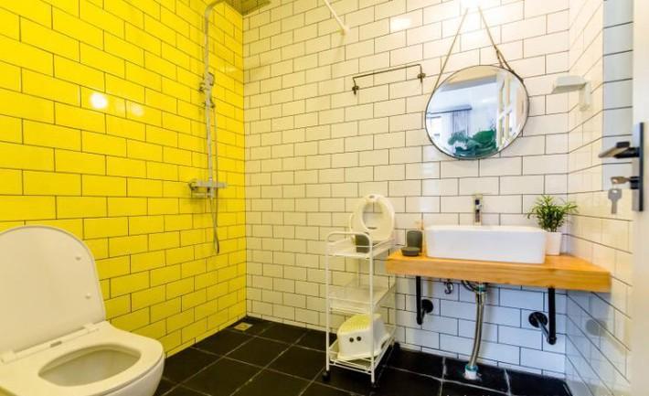 Ngôi nhà 3 tầng với điểm nhấn màu vàng ấm cúng của mẹ hai con ở Thượng Hải - Ảnh 12.
