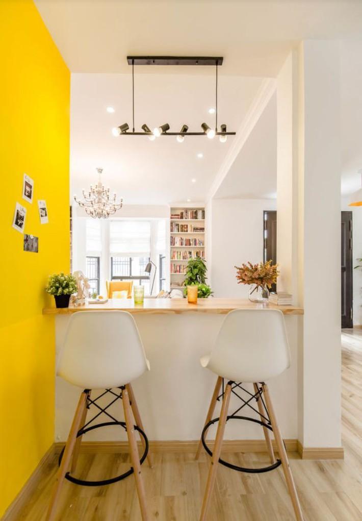 Ngôi nhà 3 tầng với điểm nhấn màu vàng ấm cúng của mẹ hai con ở Thượng Hải - Ảnh 7.