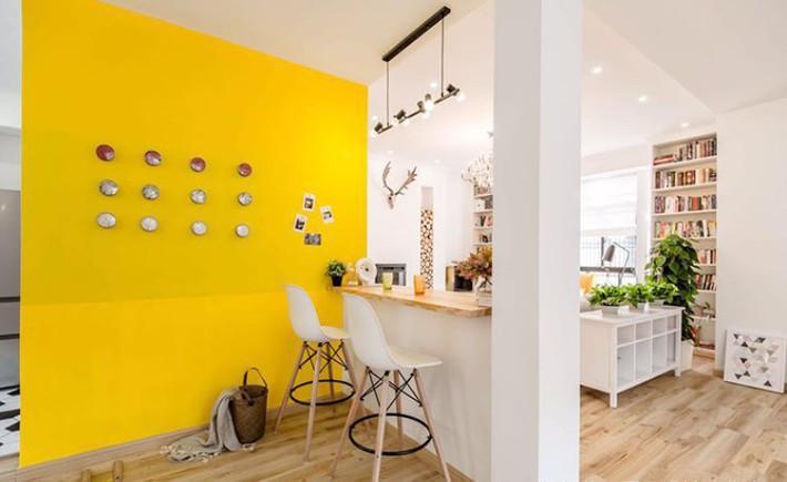 Ngôi nhà 3 tầng với điểm nhấn màu vàng ấm cúng của mẹ hai con ở Thượng Hải - Ảnh 8.