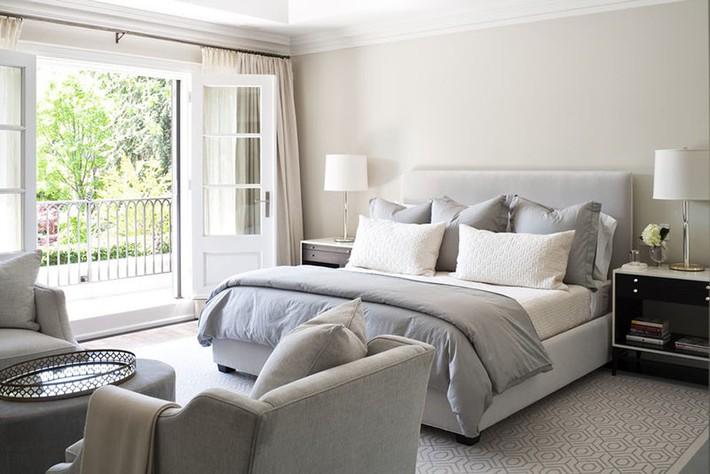 Đã mắt nhìn ngắm những căn phòng ngủ đẹp mơ màng với thiết kế cửa kiểu Pháp - Ảnh 11.