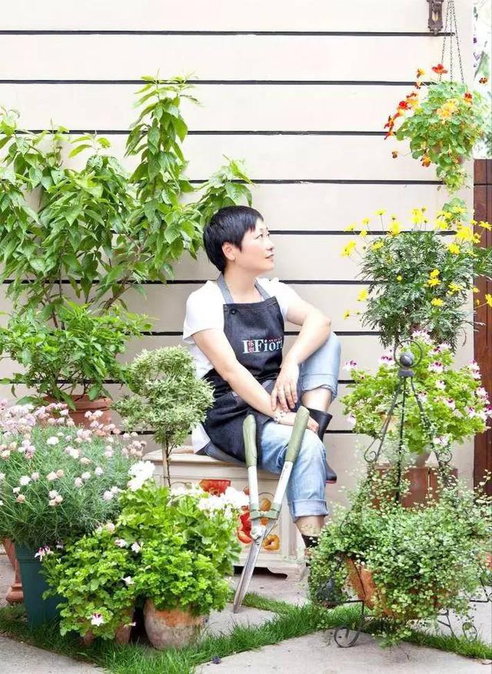 Cuộc sống trọn vẹn niềm vui trong khu vườn nhỏ dịu dàng nét xuân của cô giáo tiếng Anh - Ảnh 1.