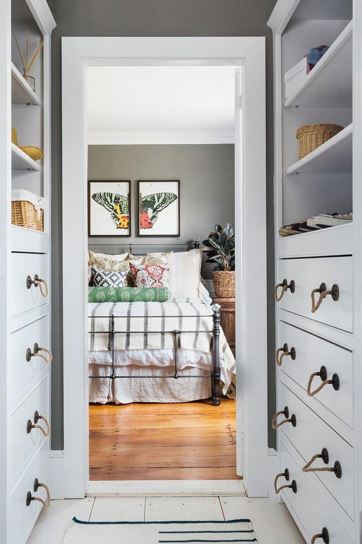 Mách bạn vài cách vừa rẻ vừa dễ để trang trí đầu giường thu hút hơn trong tức thì - Ảnh 12.
