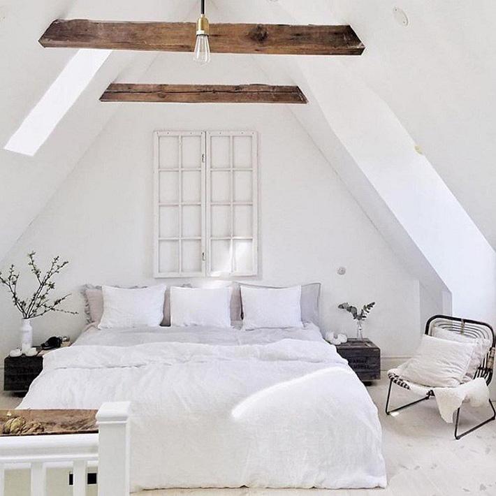 2 cách thiết kế thông minh và hữu ích cho không gian phòng ngủ gác mái mà bạn cần phải biết  - Ảnh 14.