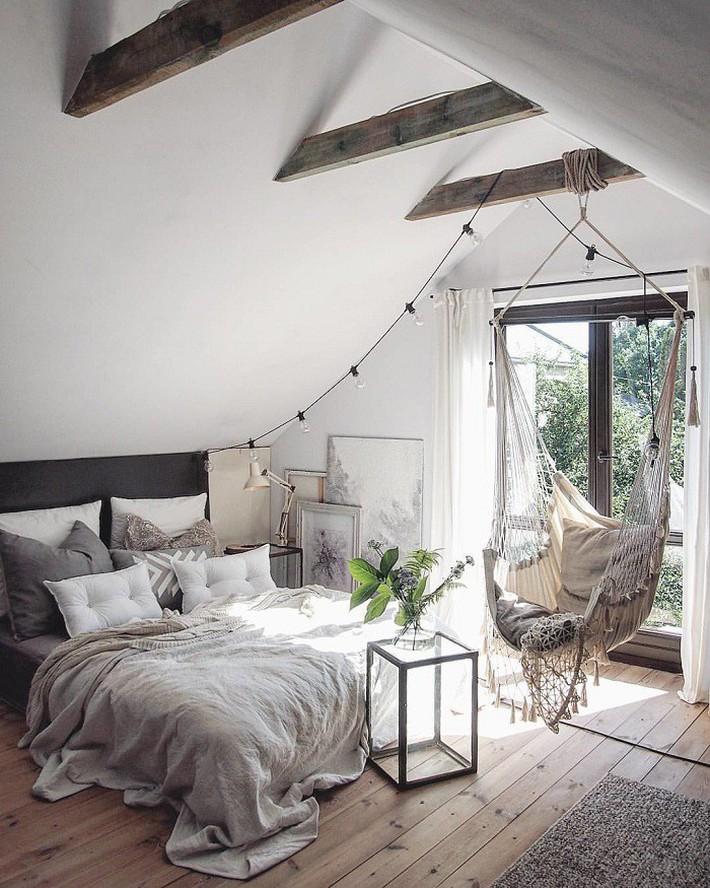 2 cách thiết kế thông minh và hữu ích cho không gian phòng ngủ gác mái mà bạn cần phải biết  - Ảnh 5.