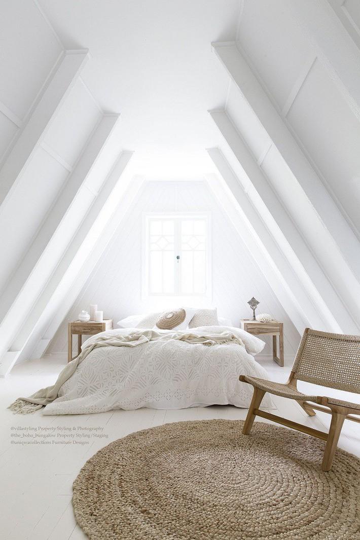 2 cách thiết kế thông minh và hữu ích cho không gian phòng ngủ gác mái mà bạn cần phải biết  - Ảnh 7.