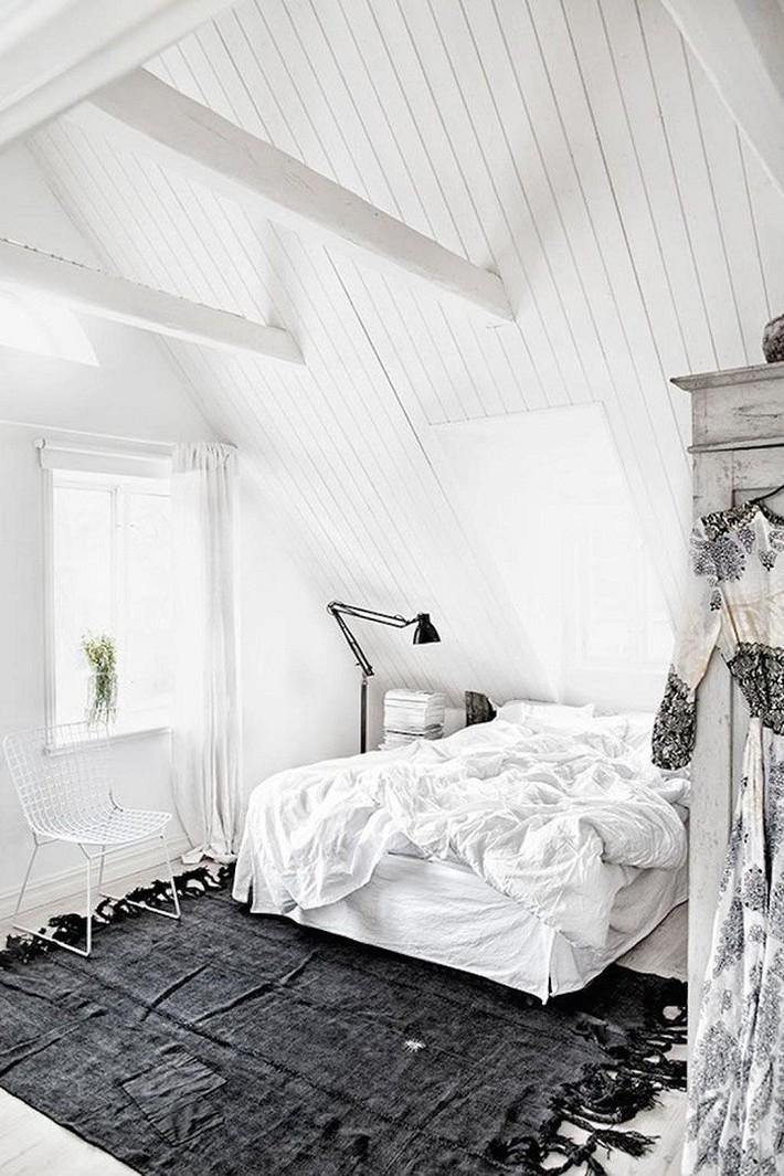 2 cách thiết kế thông minh và hữu ích cho không gian phòng ngủ gác mái mà bạn cần phải biết  - Ảnh 9.