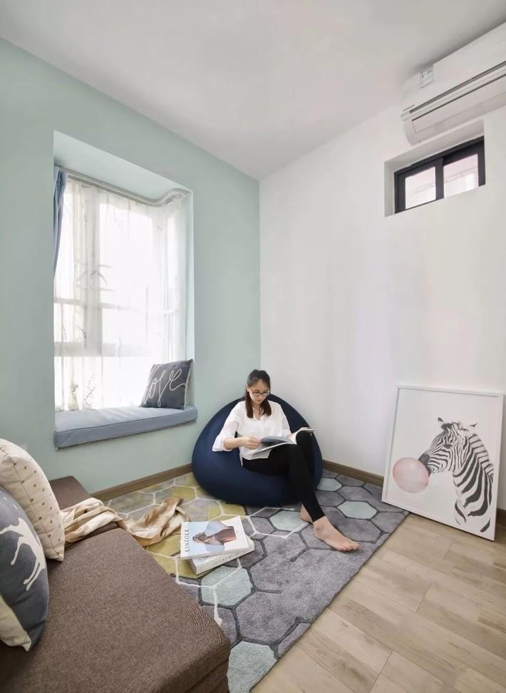 Cặp vợ chồng trẻ cải tạo căn hộ 54m² từ chật hẹp thành không gian vô cùng rộng rãi nhờ khéo thiết kế khu vực lưu trữ - Ảnh 15.