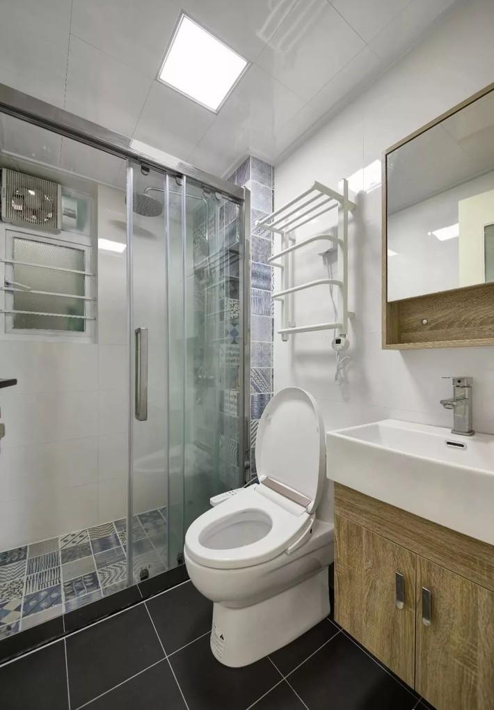 Cặp vợ chồng trẻ cải tạo căn hộ 54m² từ chật hẹp thành không gian vô cùng rộng rãi nhờ khéo thiết kế khu vực lưu trữ - Ảnh 16.