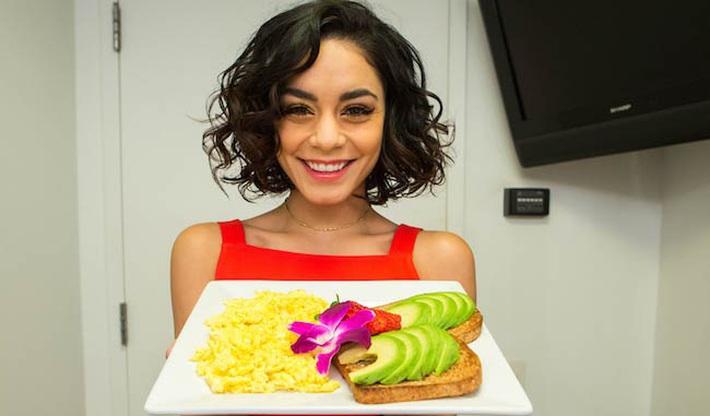 Nhịn ăn gián đoạn là chế độ ăn được dàn sao Hollywood ưa chuộng nhưng có 2 điều mà bạn nên chú ý - Ảnh 2.