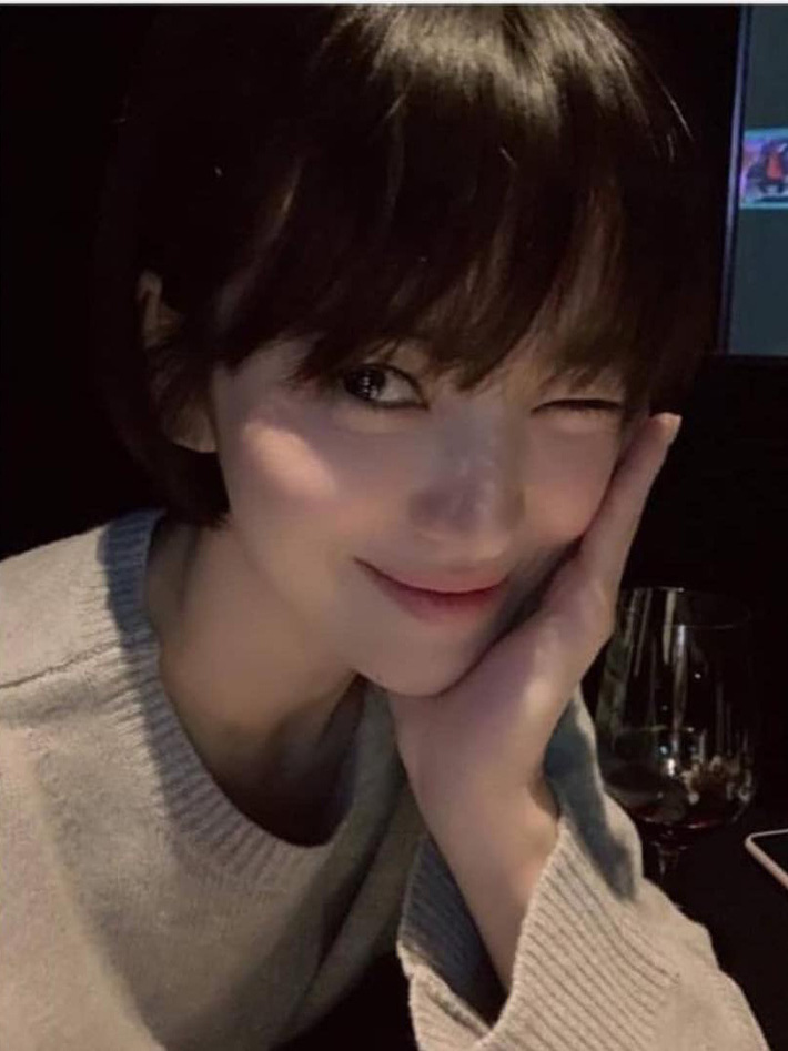 """Loạt bí kíp chăm da của Song Hye Kyo giúp các quý cô rút được """"cả tá"""" chiêu skincare đúng chuẩn - Ảnh 5."""