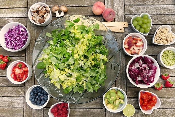 Áp dụng chế độ ăn chỉ toàn các loại hạt và rau xanh, nữ triệu phú đồ lót giảm được 5kg nhanh gọn trước ngày cưới - Ảnh 5.