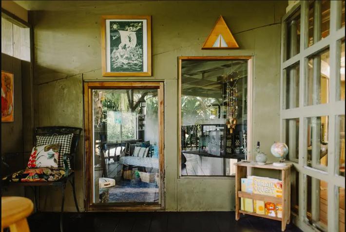 Ngôi nhà Hawaii mộc mạc gây thương nhớ vì được xây dựng bằng tay với các đồ nội thất thủ công đẹp tinh tế - Ảnh 7.