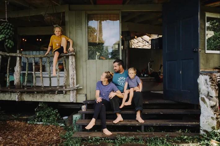Ngôi nhà Hawaii mộc mạc gây thương nhớ vì được xây dựng bằng tay với các đồ nội thất thủ công đẹp tinh tế - Ảnh 17.