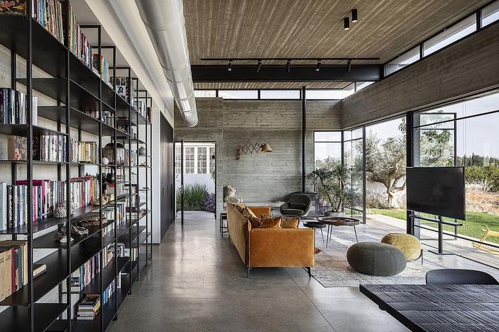Ngắm ngôi nhà có nét thiết kế cởi mở và hiện đại nằm giữa cảnh quan đầy sự đối lập đến không tưởng - Ảnh 5.