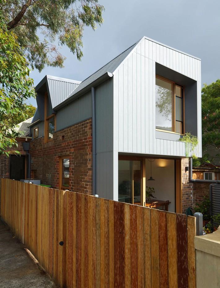 Một cuộc cách mạng mới xảy ra tại ngôi nhà ở Aussie: từ nhàm chán, tối tăm bỗng trở nên hiện đại, tinh tế - Ảnh 8.