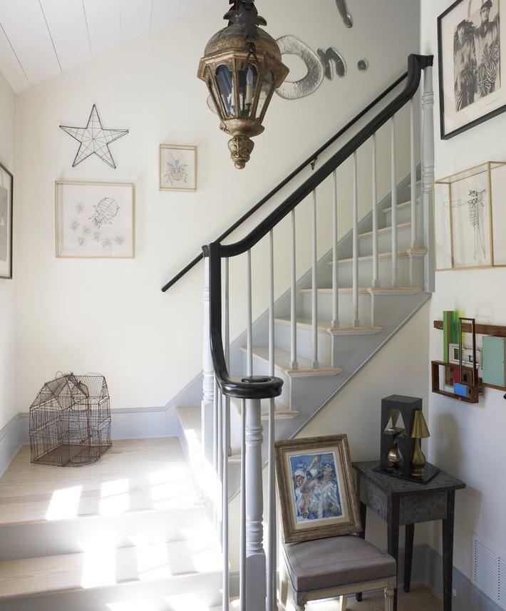 Ghi lại ngay vài tuyệt chiêu trang trí để lối hành lang của gia đình không còn nhàm chán - Ảnh 7.