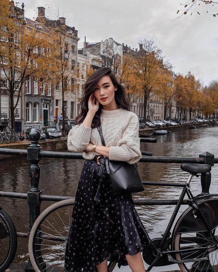15 gợi ý đến từ street style Châu Á sẽ giúp bạn mặc đẹp suốt cả tuần này - Ảnh 1.
