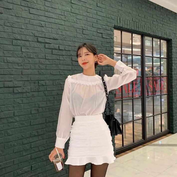 15 gợi ý đến từ street style Châu Á sẽ giúp bạn mặc đẹp suốt cả tuần này - Ảnh 2.