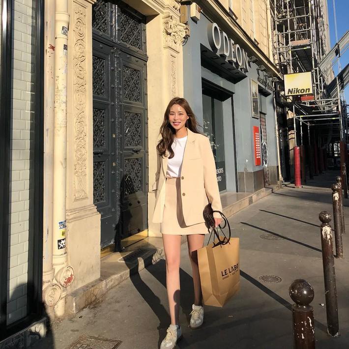 15 gợi ý đến từ street style Châu Á sẽ giúp bạn mặc đẹp suốt cả tuần này - Ảnh 11.