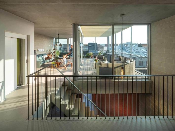 Ngôi nhà phố hiện đại đáp ứng được nhu cầu của cả 3 thế hệ cùng chung sống - Ảnh 11.