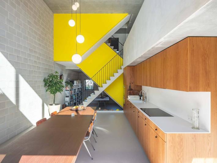 Ngôi nhà phố hiện đại đáp ứng được nhu cầu của cả 3 thế hệ cùng chung sống - Ảnh 6.