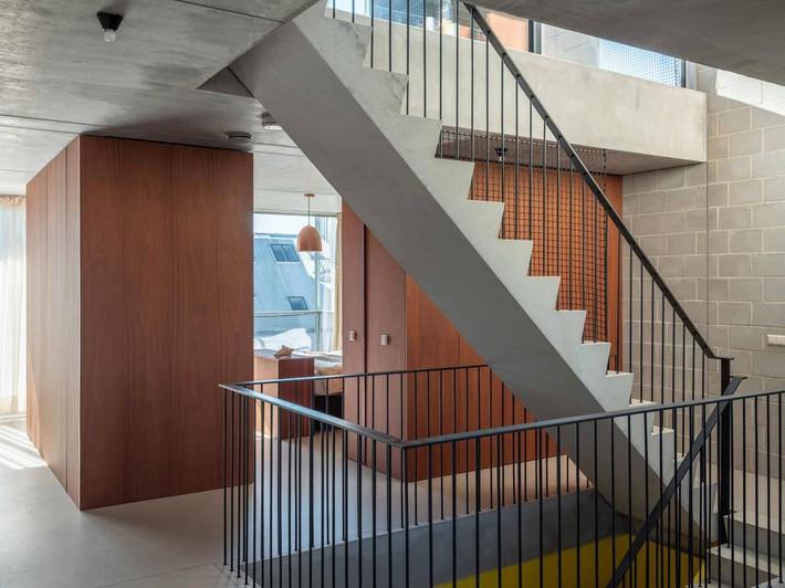 Ngôi nhà phố hiện đại đáp ứng được nhu cầu của cả 3 thế hệ cùng chung sống - Ảnh 10.