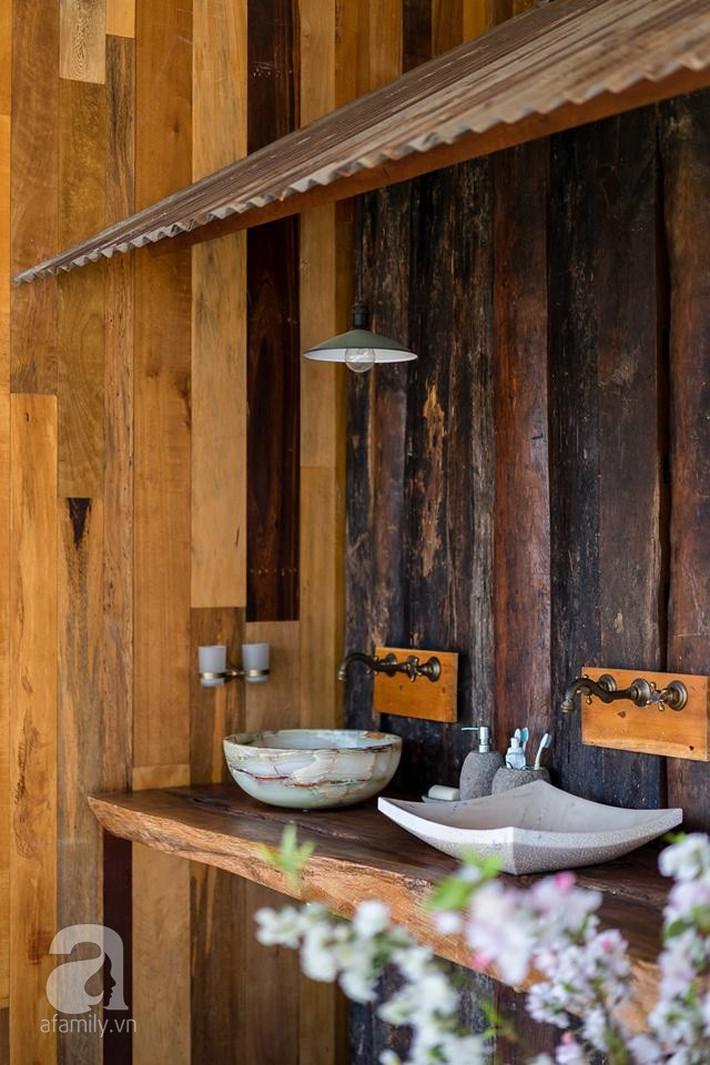 Ngôi nhà gỗ mang hơi thở đồng bằng Bắc Bộ tách biệt tiếng ồn, khói bụi dù xây giữa lòng thành phố Nha Trang - Ảnh 30.