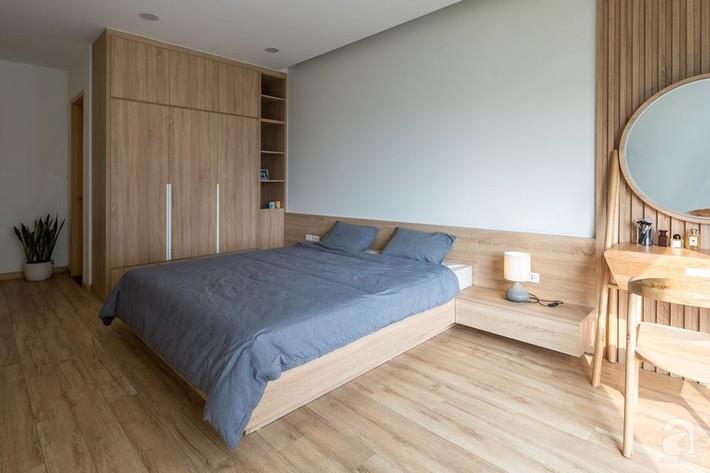 Căn hộ 120m² đẹp hiện đại, ấm cúng với màu gỗ làm chủ đạo của cặp vợ chồng trẻ mới cưới ở Hà Nội - Ảnh 18.