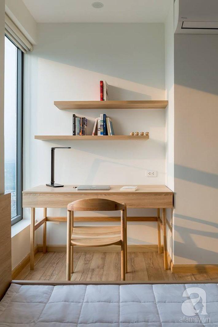 Căn hộ 120m² đẹp hiện đại, ấm cúng với màu gỗ làm chủ đạo của cặp vợ chồng trẻ mới cưới ở Hà Nội - Ảnh 17.