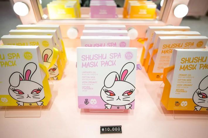 """Trẻ mẫu giáo Hàn Quốc thi nhau trang điểm, mỹ phẩm trở thành đồ chơi """"thế hệ mới"""" - Ảnh 3."""