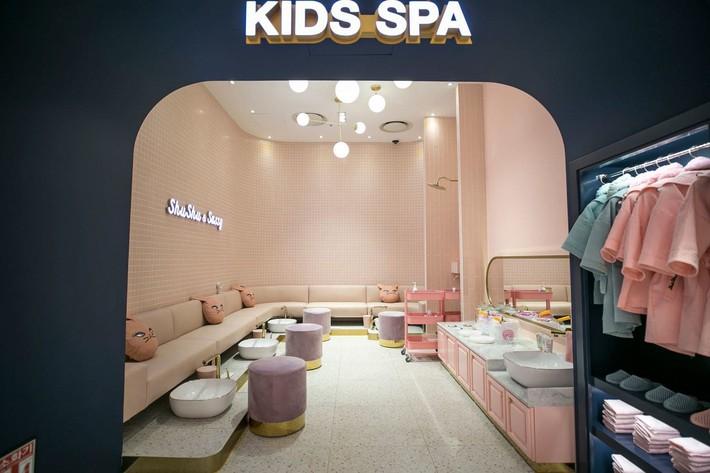 """Trẻ mẫu giáo Hàn Quốc thi nhau trang điểm, mỹ phẩm trở thành đồ chơi """"thế hệ mới"""" - Ảnh 6."""