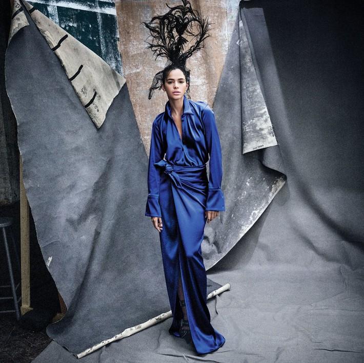 Lên bìa Vogue Mỹ cùng dàn minh tinh thế giới, bao nhiêu thần thái của Angela Baby bay biến sạch sẽ - Ảnh 16.