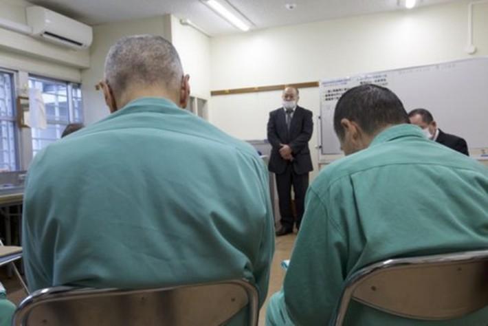 Vì sao một số người hưu trí Nhật Bản lại thích được đi tù? - Ảnh 3.
